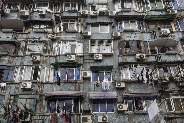 klimatizace, starý dům, prádlo