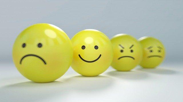 různé emotikony