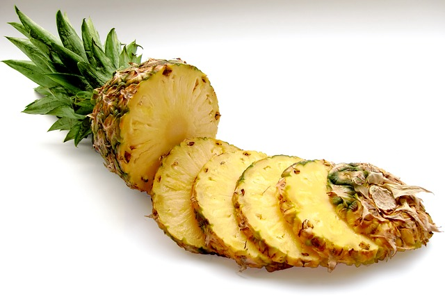 krájený ananas.jpg